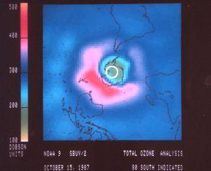 Images du trou de la couche d'ozone