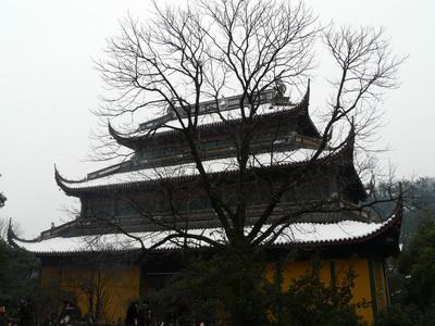 Le Temple Lingyin sous la neige.