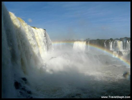 La violence du Rio Iguaçu, quelques dizaines de mètres plus loin
