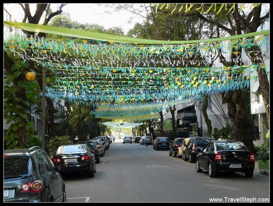 Décoration dans les rues de Rio de Janeiro à l'occasion de la Coupe du Monde