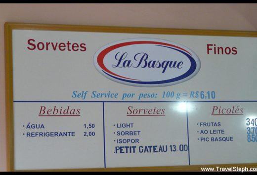 Exemple d'un glacier au kilo, les « restaurant au kilo » sont nombreux au Brésil