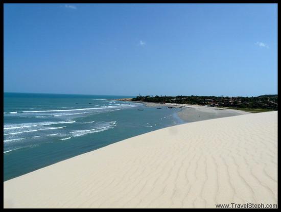 La plage de Jericoacoara depuis la dune « Pôr do sol » (coucher de soleil)