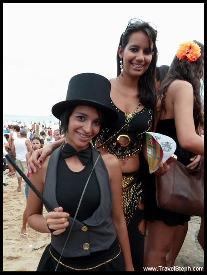 Des magiciennes, que vont-elles transformer ? - Déguisement Carnaval Rio de Janeiro 2011