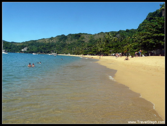 La petite mais jolie et calme Praia do Pouso – Ilha Grande