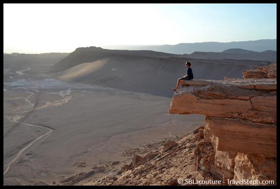 Votre serviteur admirant le paysage dans la Vallée de la Mort, au Chili