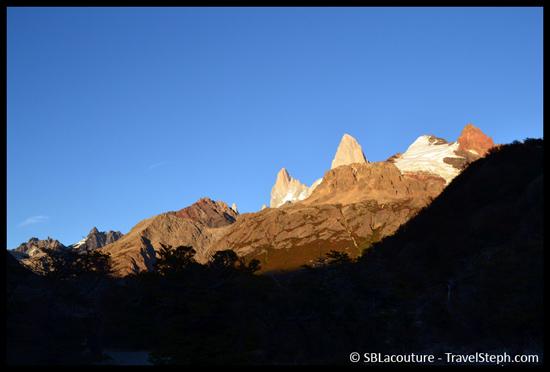 Vue depuis le Rio Blanco, en chemin pour le Laguna de Los Tres (Patagonie)
