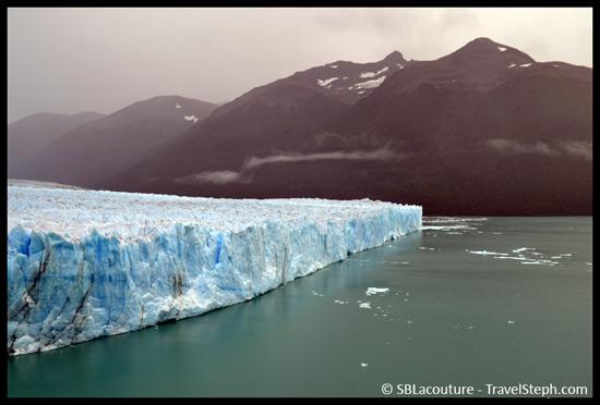 Le front du Perito Moreno, d'une largeur de 5 Km (Patagonie, Argentine)