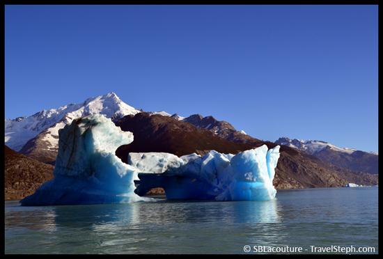 Un iceberg bleuté dans le Parque Nacional los Glaciares