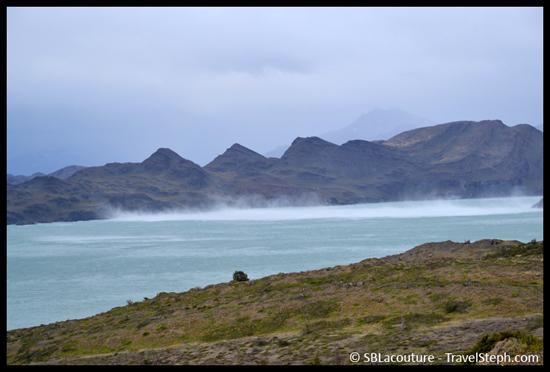 Le vent est fort, très fort sur le Lago Nordenskjöld en Patagonie