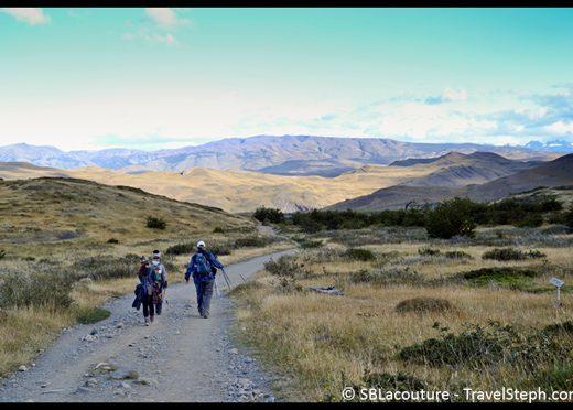 Des randonneurs dans le Parque Nacional Torres del Paine, en Patagonie (Chili)