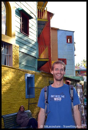 Et oui, moi aussi il m'arrive de poser comme un touriste, ici à La Boca