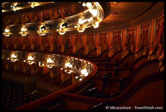 Photo de l'intérieur du Teatro Colon, à Buenos Aires